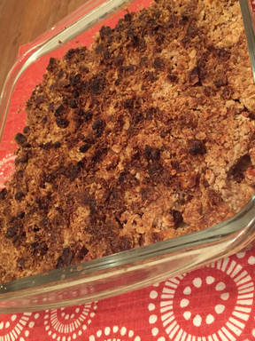 Low-cal apple crumble