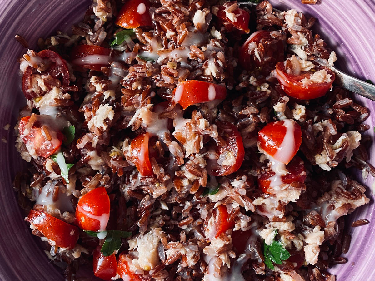 Red rice with tuna,tomato and yogurt