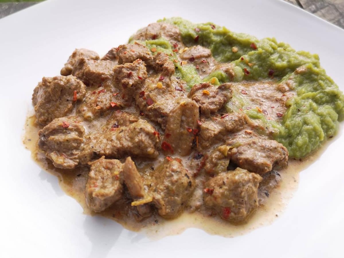 Keto creamy beef and mushrooms