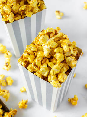 Spicy Curry Turmeric Popcorn