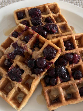Fiber Waffles (eggs and wheat bran)