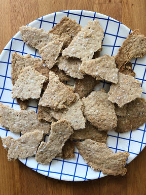 Crispy, flaky sourdough discard crackers