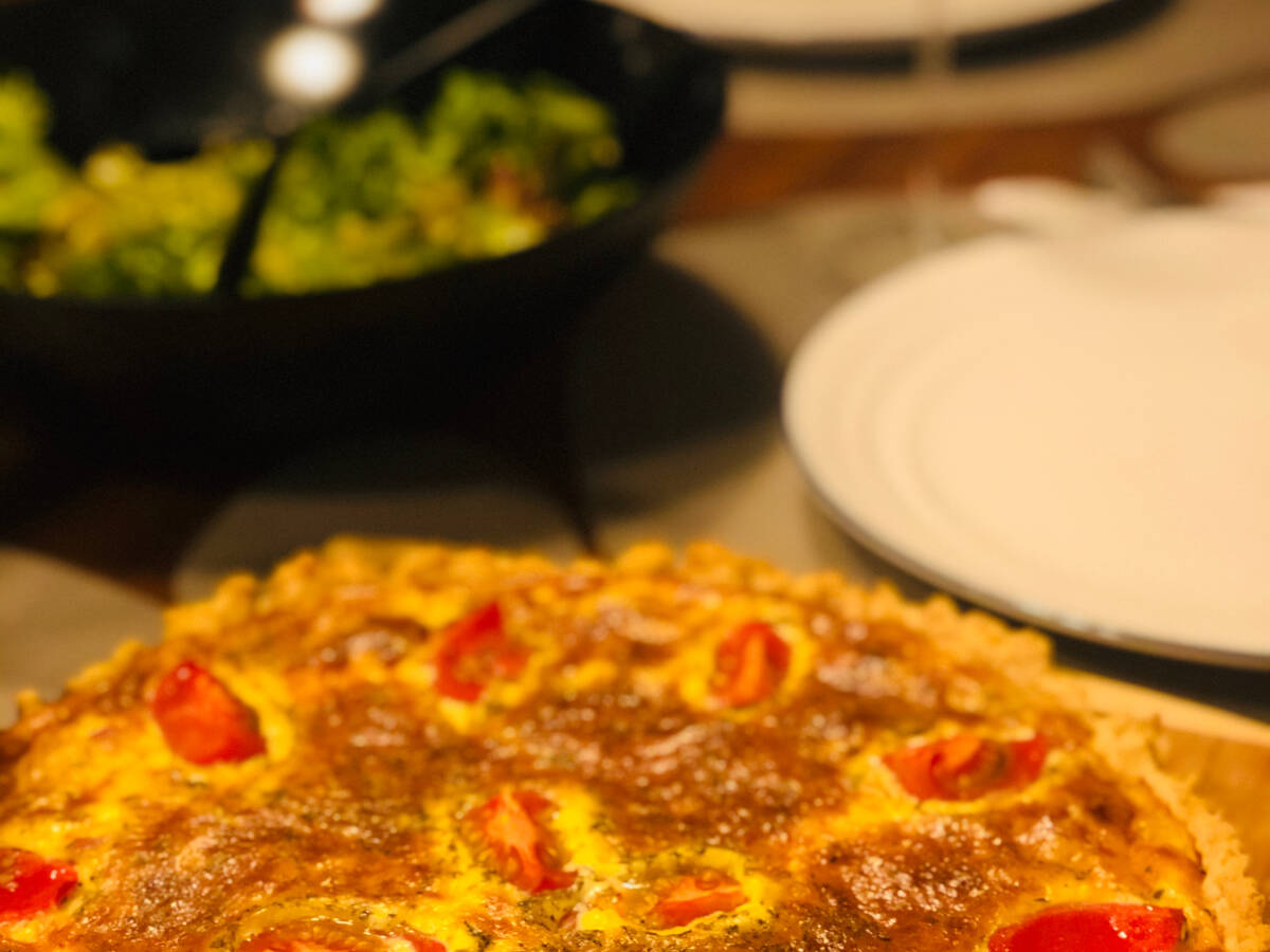 Saftige Speck-und Tomaten Quiche