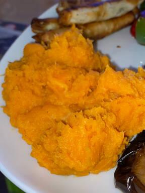 Der Klassiker mal anders: Süßkartoffelbrei