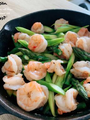 Sautéed Asparagus with Shrimps