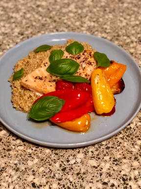 Salmon With Bulgur, Mini Bell Peppers & Cherry Tomatoes