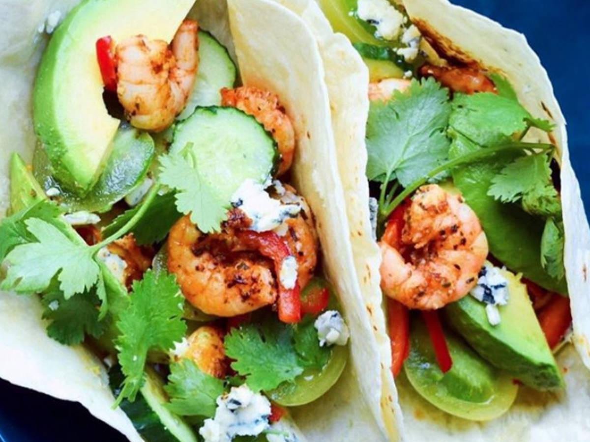 Healthy shrimp and avocado wrap