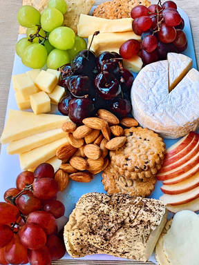 No-fuss cheese board