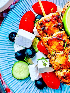 Tender chicken skewers with couscous and feta dip