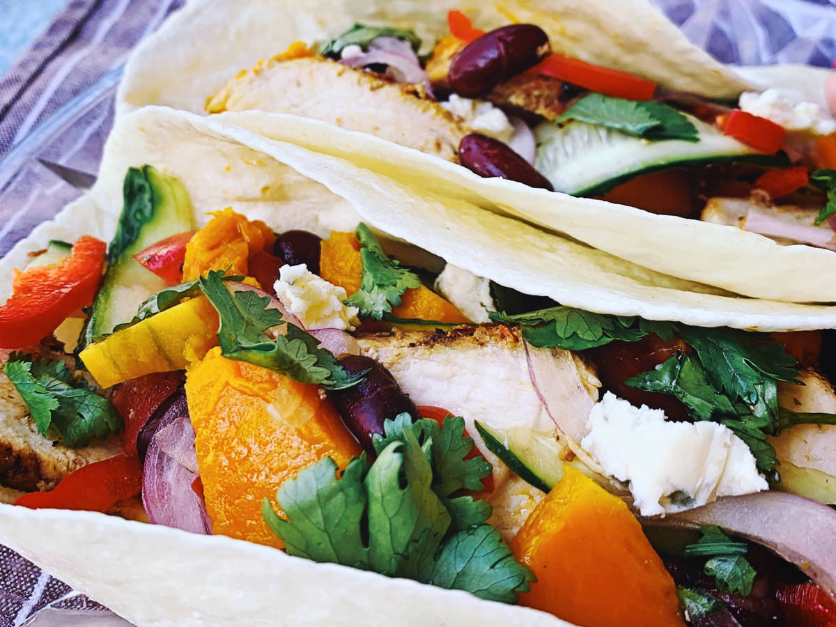 Healthy grilled chicken wraps