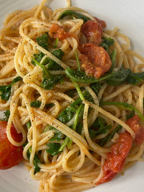 Tomato and Rocket Spaghetti