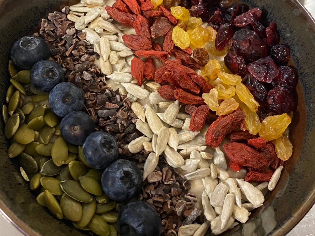 Almond overnight oats