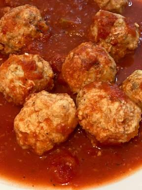 Fish balls in tomato sauce