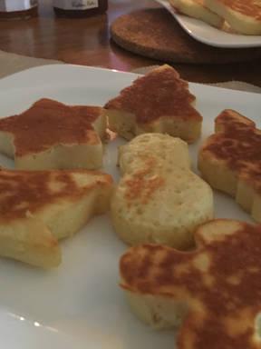 Fluffy Christmas Pancakes