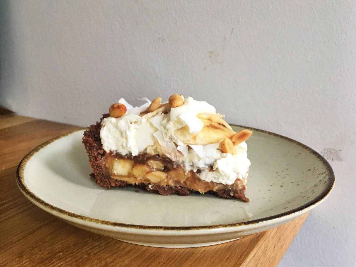 Peanut banoffee pie