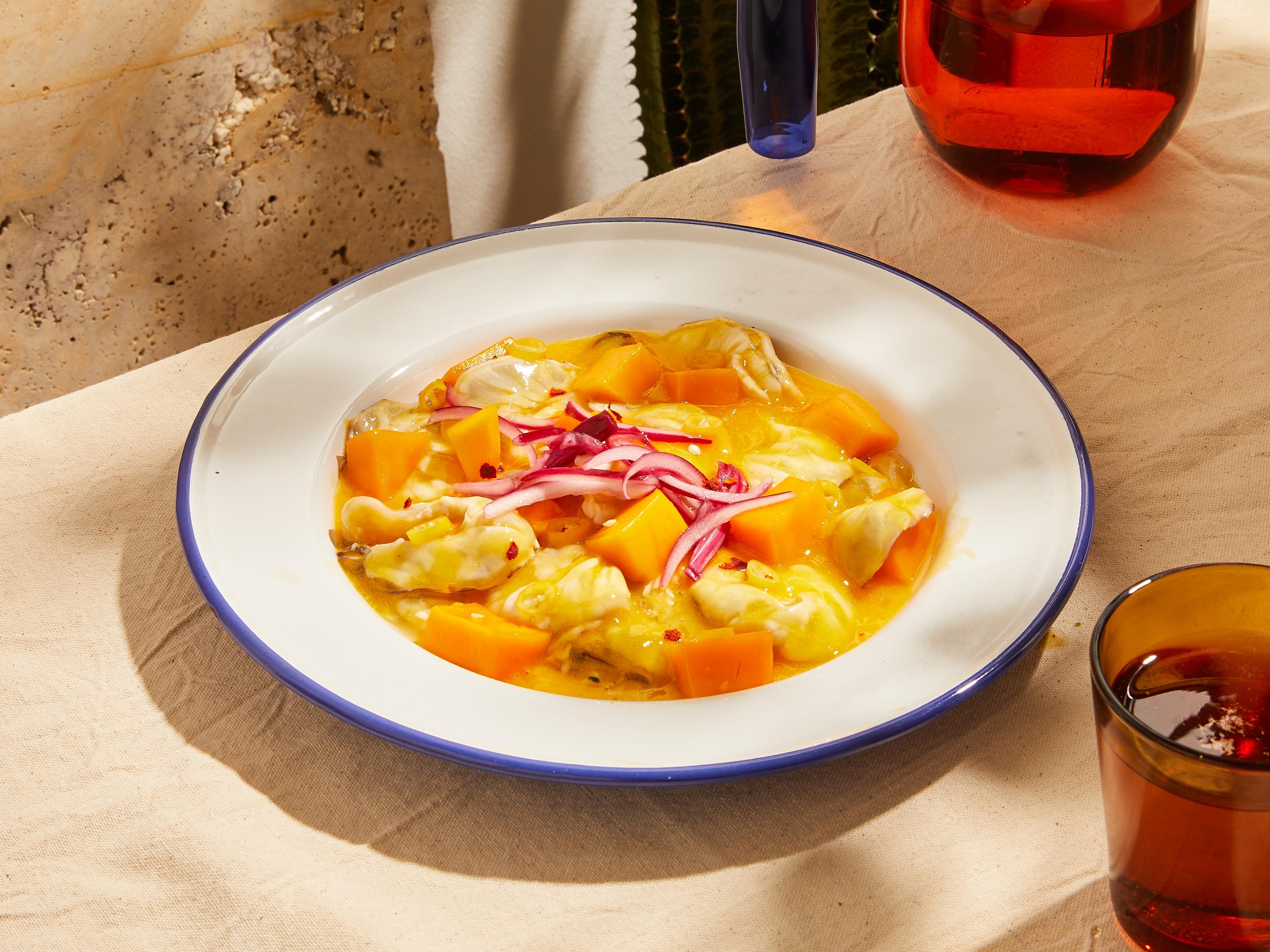 Mango and shrimp aguachile (Mexican ceviche)
