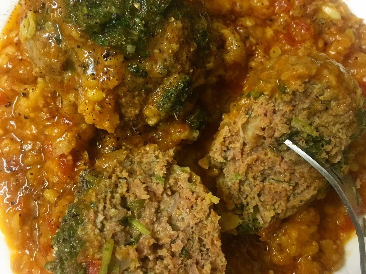 Delicious Meatballs with yellow lentils gravy