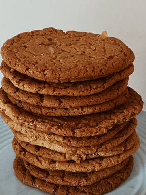 Vegan, gluten-free banana cookies