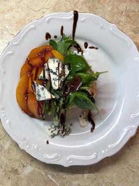 Blue cheese and peach ciabatta salad