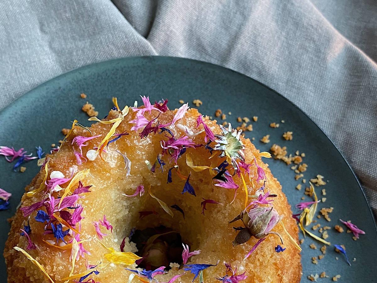 Super moist lemon cake
