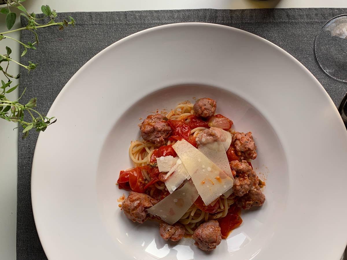 Spaghetti mit Fenchelsalsiccia