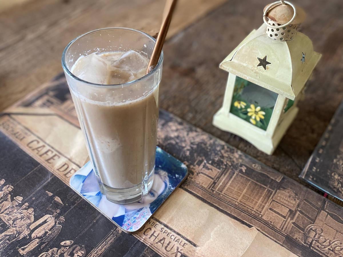 Iced milkshake latte!