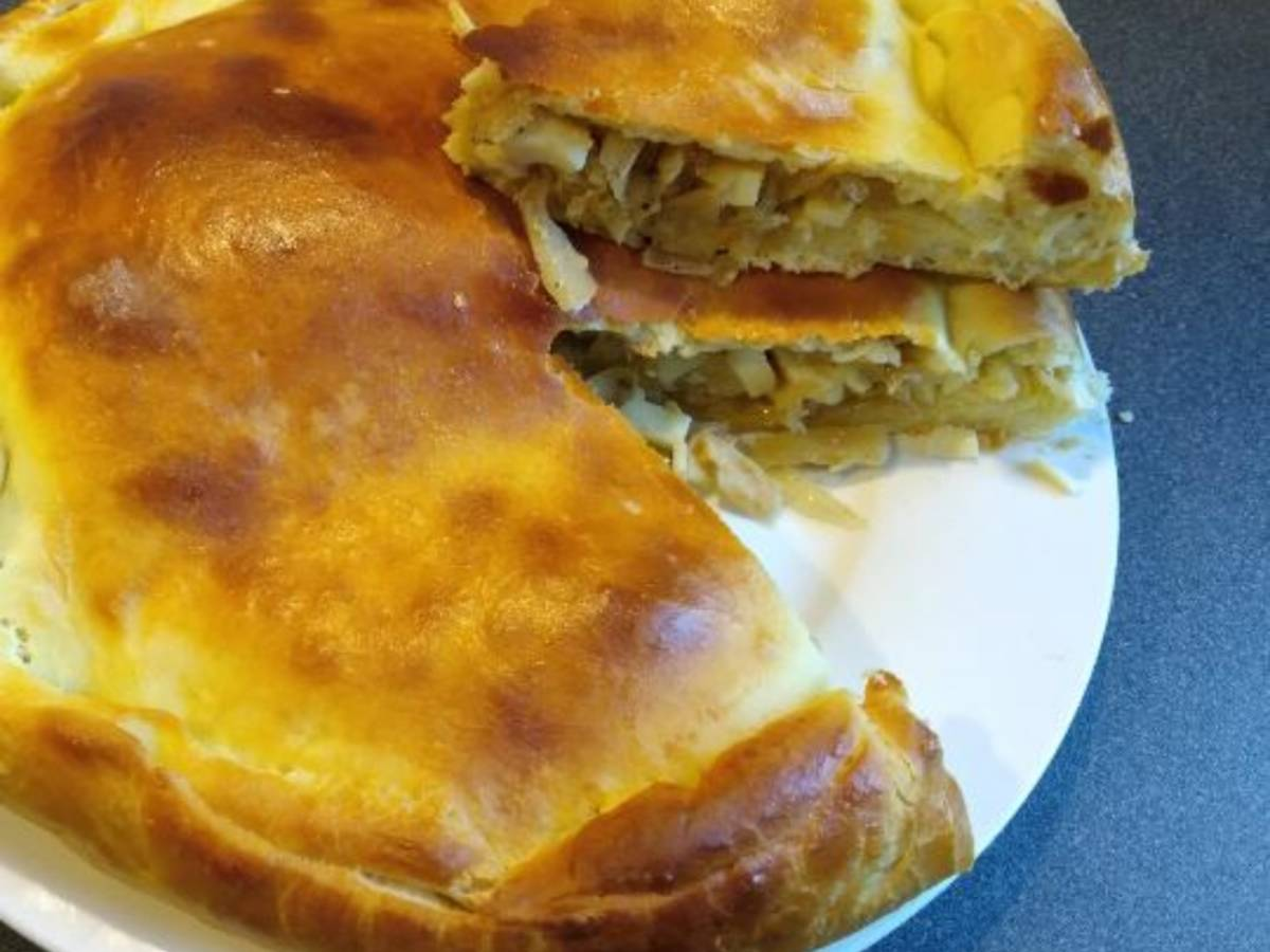 Grandma Maria's pierogi with white cabbage