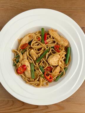 Ginger Chicken & Fine Bean Noodles