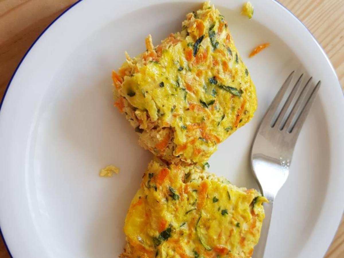 Ofenfrittata mit Zucchini und Karotten