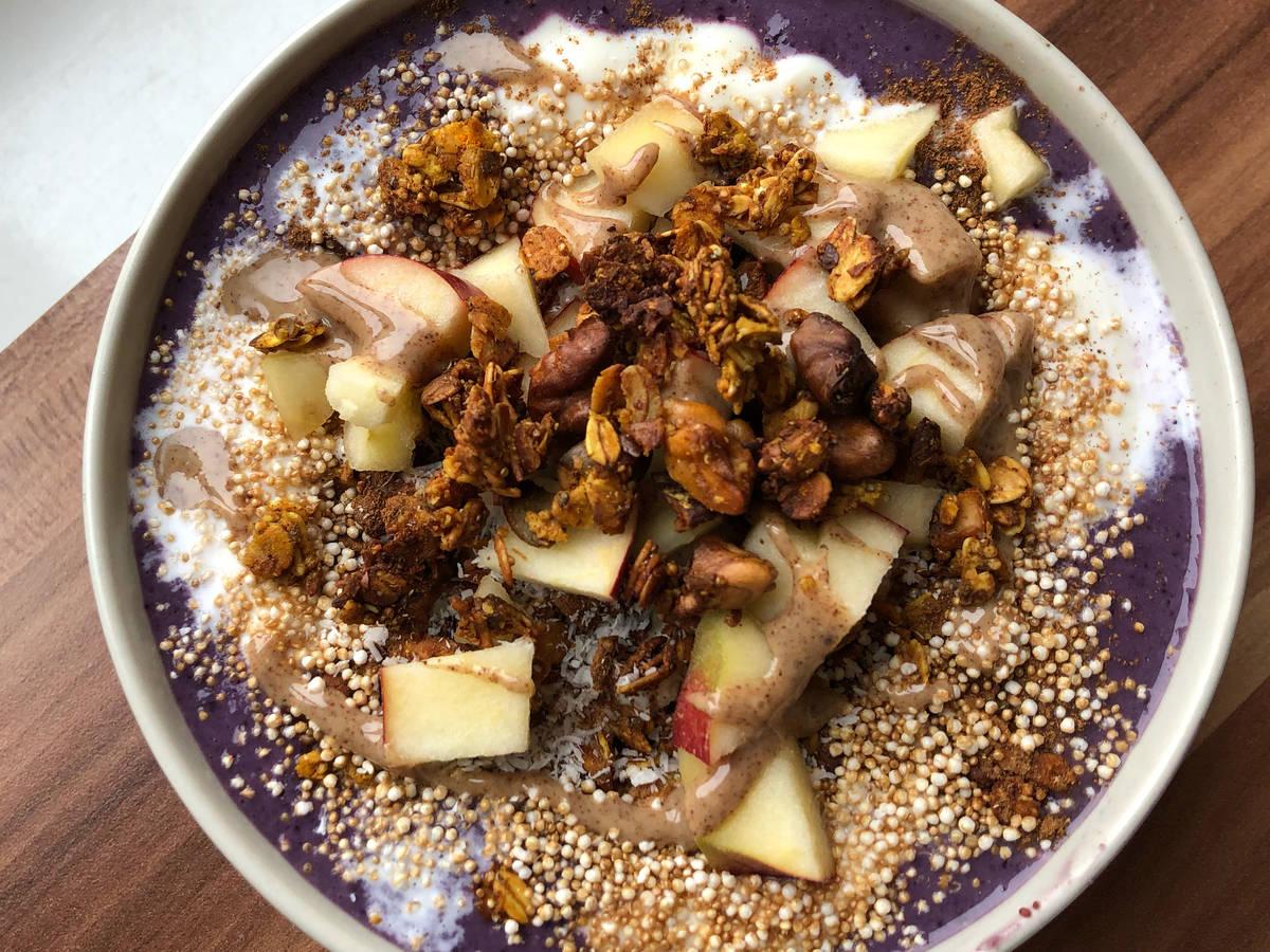 Frühstücks Smoothie Bowl