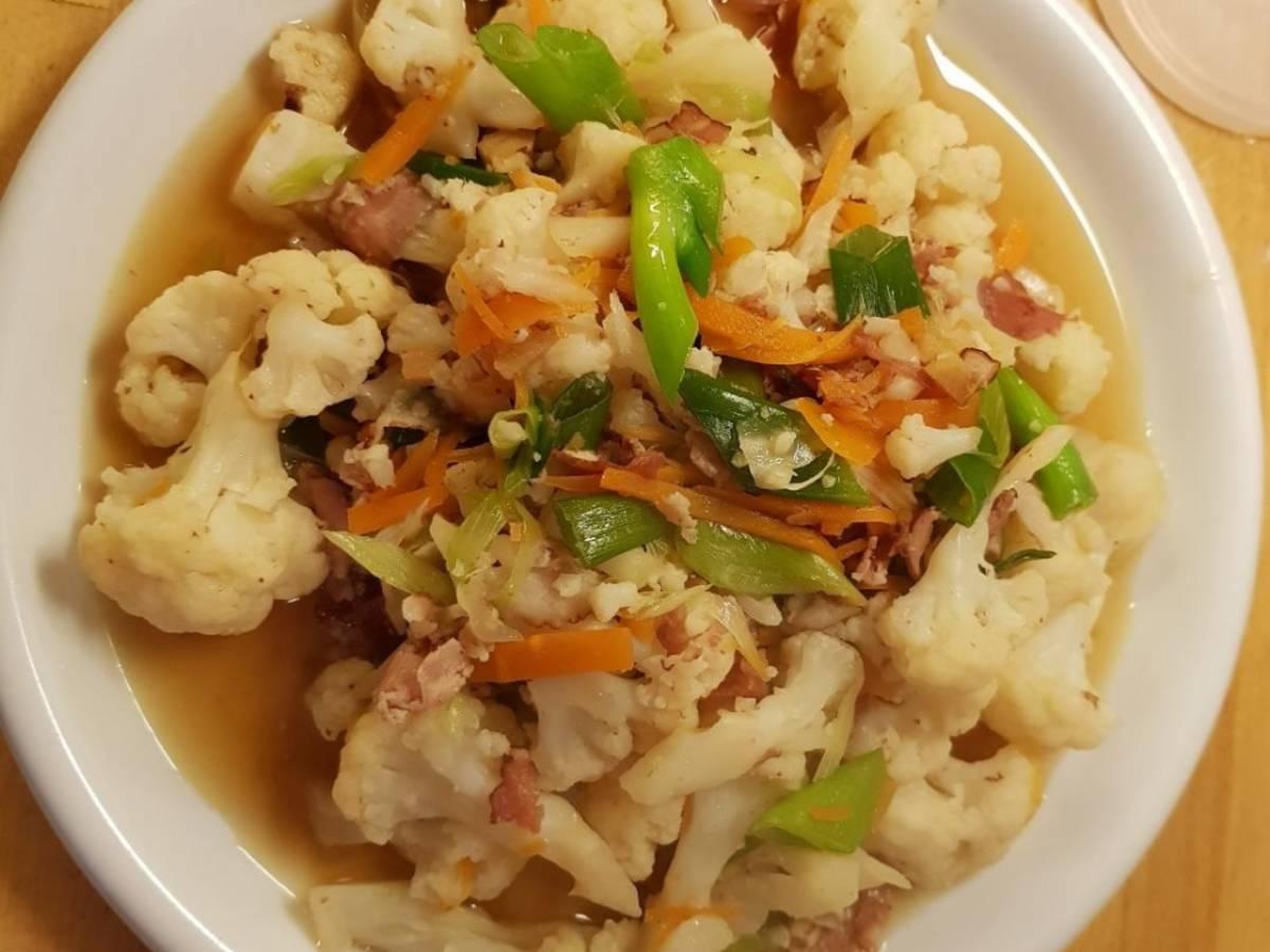 Bacon cauliflower stir fry