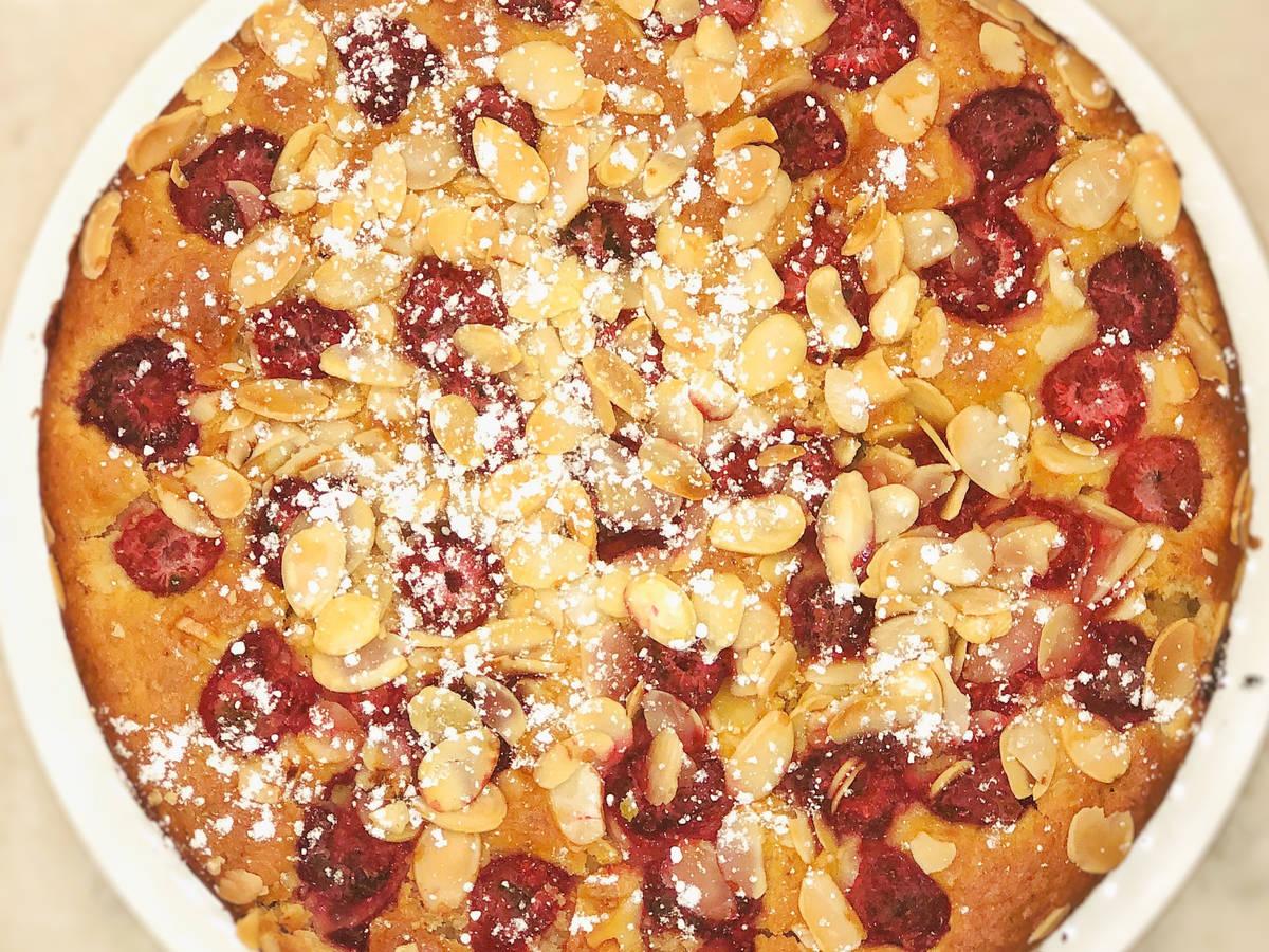 Raspberry - Almond cake (+vegan)