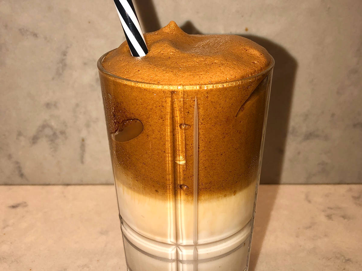 whipped coffee / frappé coffee
