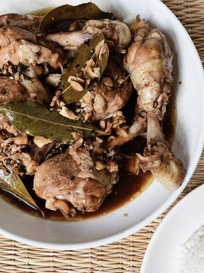 Lola's Filipino chicken adobo