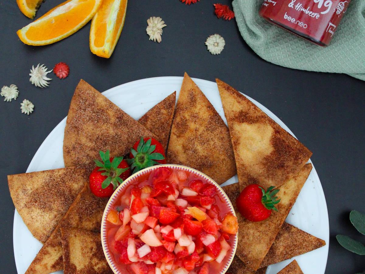 Zimt-Chips mit Obst-Salsa