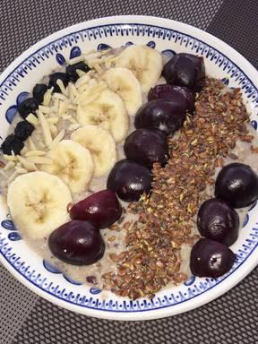Kirsch-Bananen-Bowl