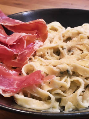 Roquefort cheese pasta