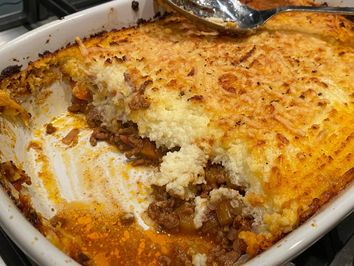 Cottage pie with cauliflower mash