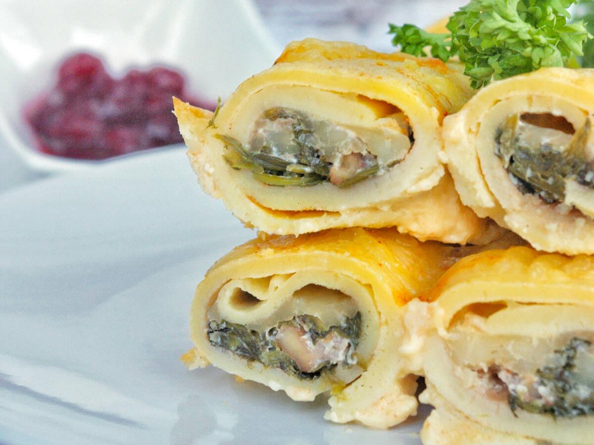 Gefüllte Pfannkuchen mit Spinat, Mozzarella & Walnüssen