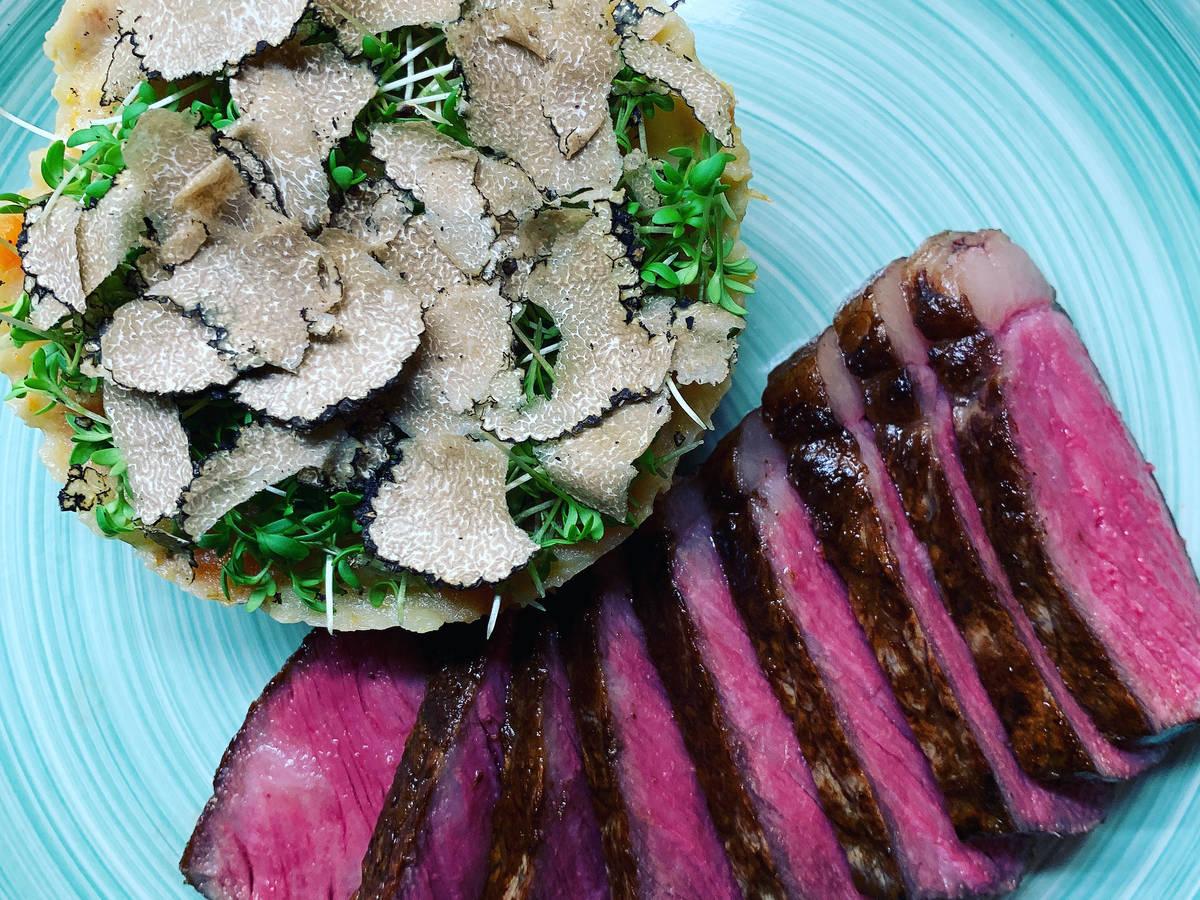 Wagyu Steak mit Kartoffelstampf und Trüffel