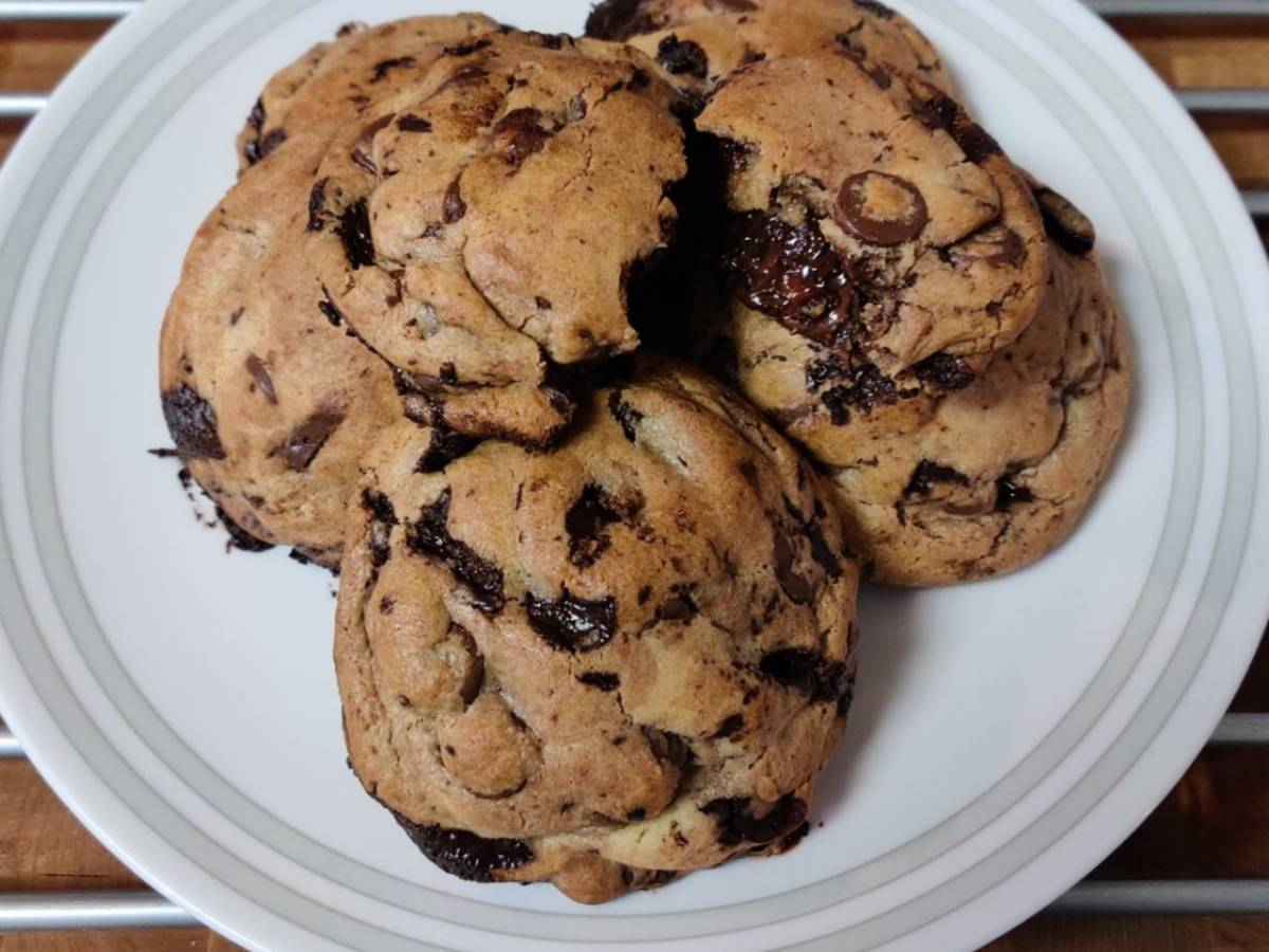 Super Thick Cookie