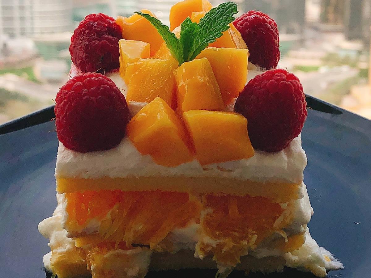 家庭版戚风水果奶油蛋糕