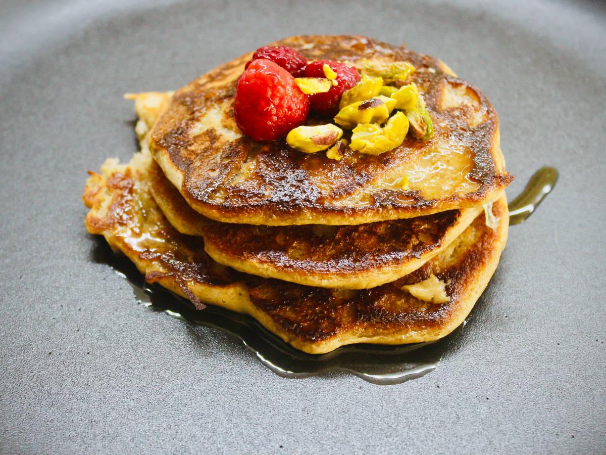 Vegan Banana Oat Pancakes