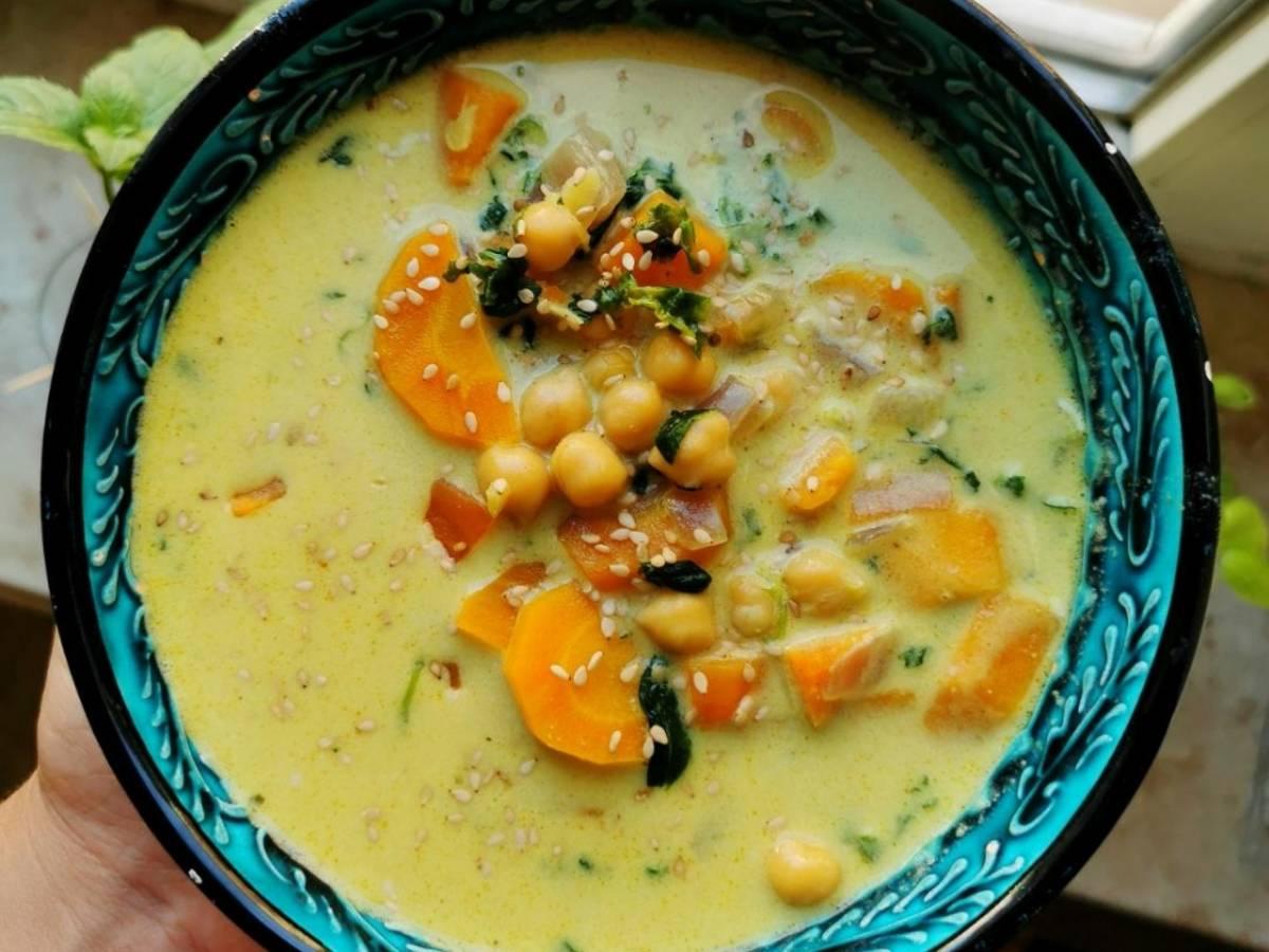 Orientalische Süßkartoffel Kichererbsen Suppe
