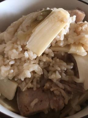 竹笋五花肉焖饭