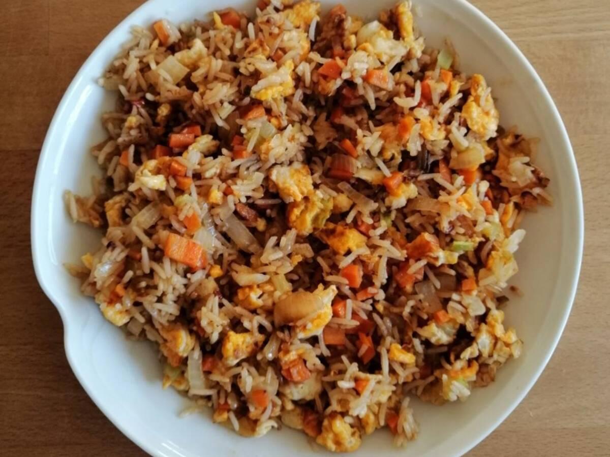 Asiatischer gebratener Reis