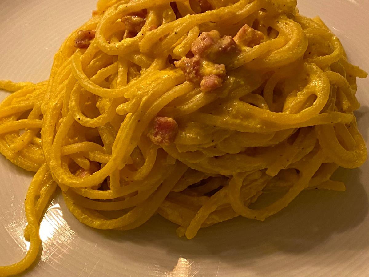 Spaghetti alla crema di ricotta e zafferano