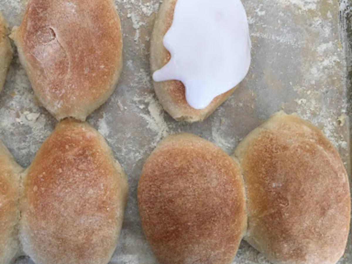 Heavenly iced buns