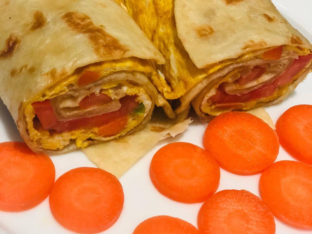 Rolex | chapati & eggs dish