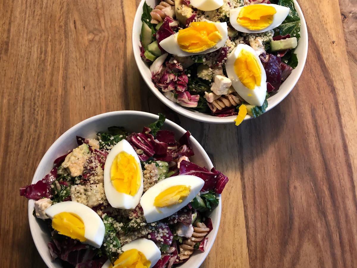 Herbstliche Salat Bowl